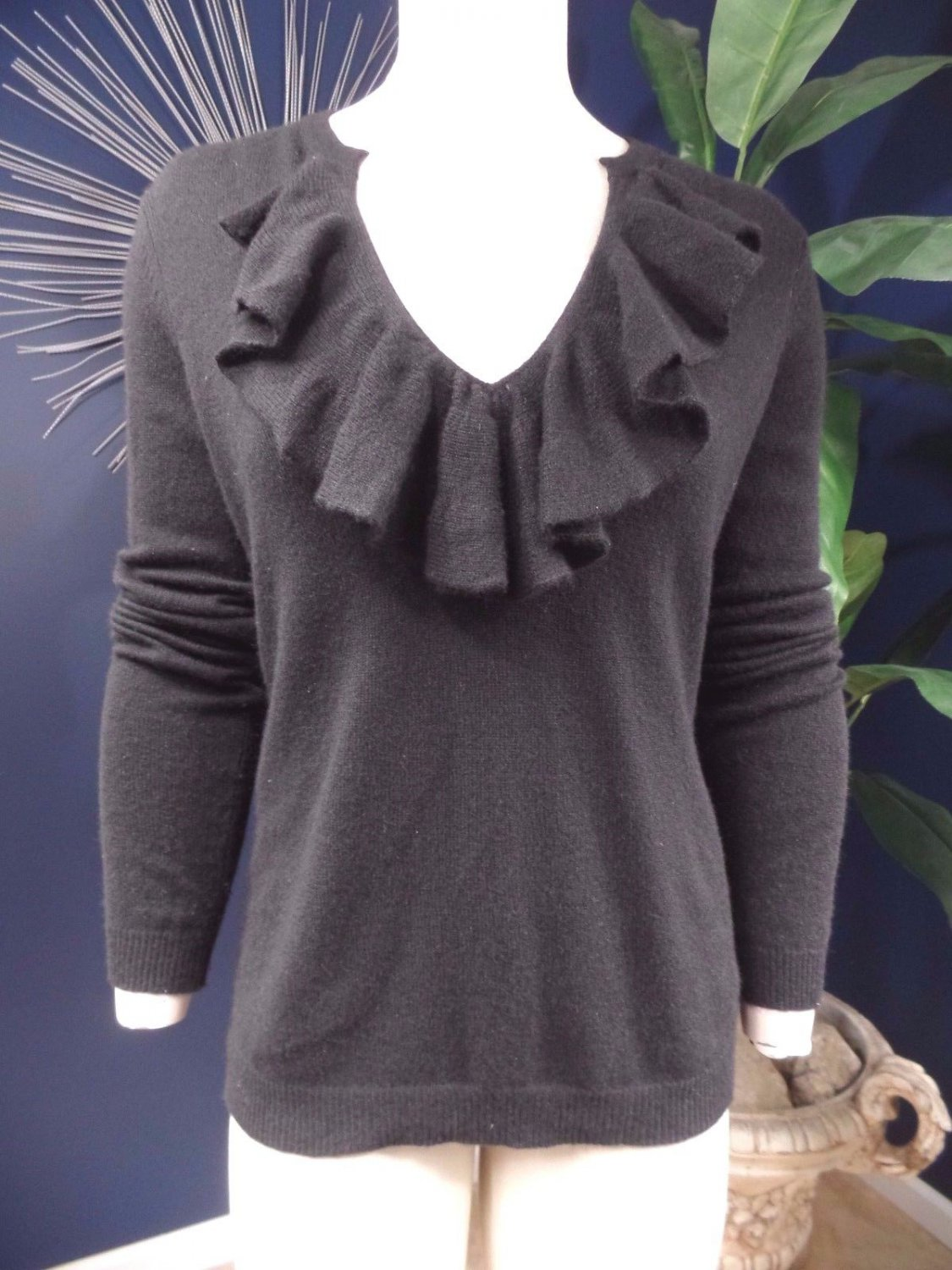 SAKS FIFTH AVENUE 100% Cashmere Black Ruffled Sweater M