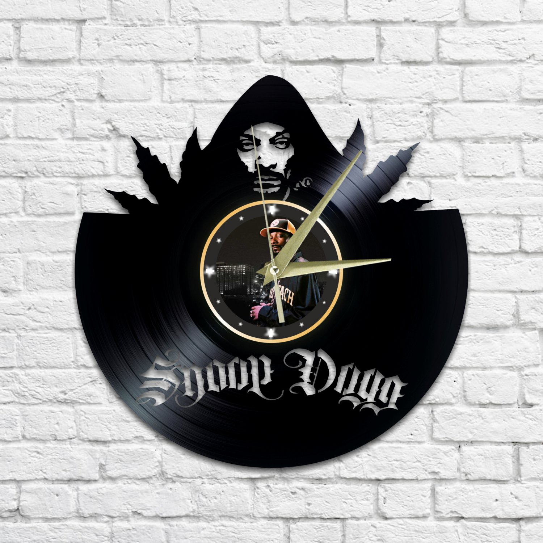 Snoop dogg wall clock