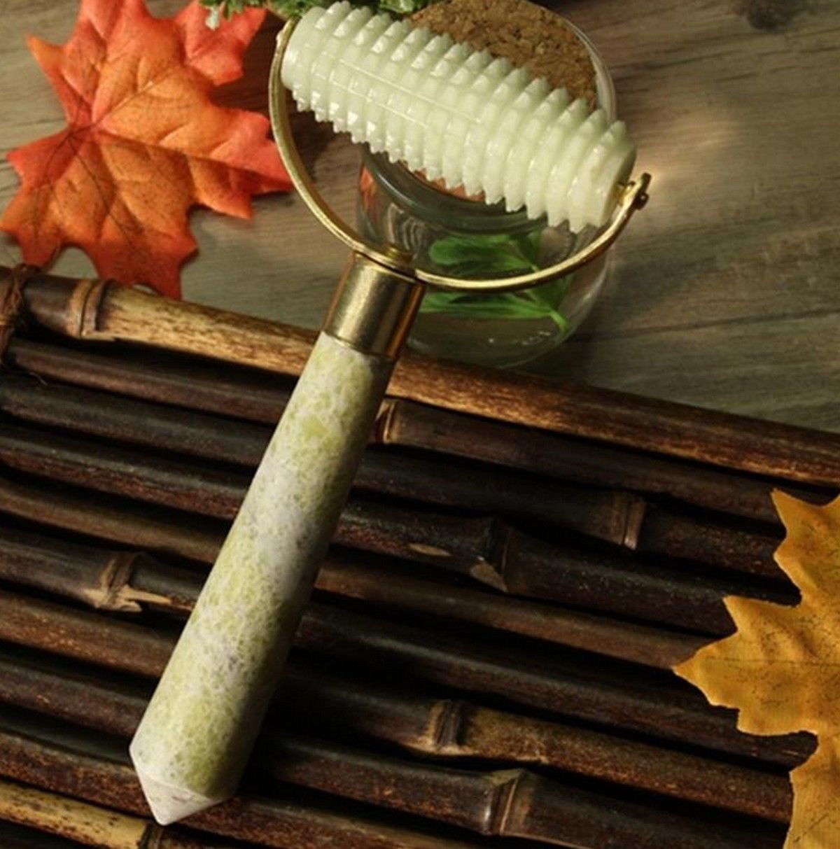 Jade Facial Massager Face Massage Roller~Beautiful Jade Stone Unique Design