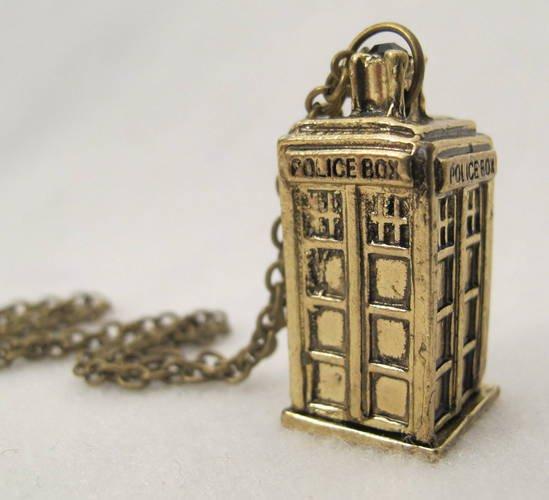 New Dr Who Gold Replica Tartis 3D Replica Necklace