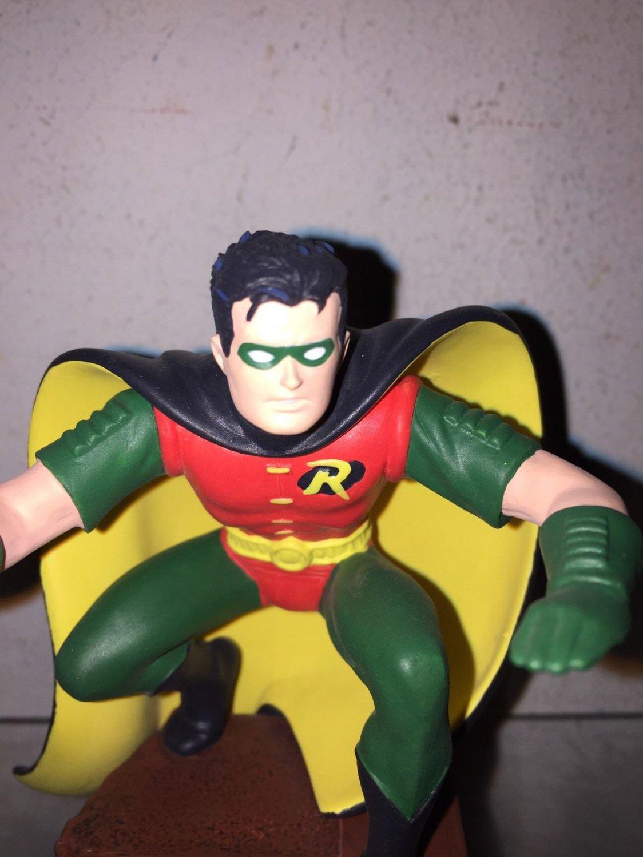 Modern Era Robin 1996 Hallmark