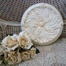 SHABBY FRENCH CHIC PAINTED ROUND WALL PLAQUE ***ORNATE***
