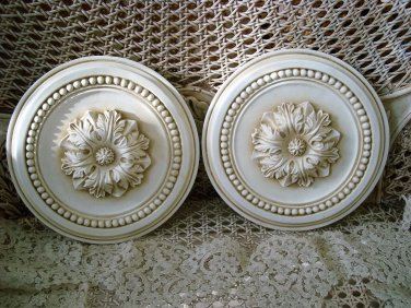 SET OF TWO FRENCH STYLE SHABBY ROUND WALL PLAQUES **PRETTY***