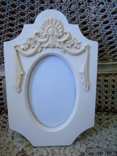 """SHABBY FRENCH CHIC UNIQUE SHAPE 4"""" by 6"""" PICTURE FRAME ****SO PRETTY***"""