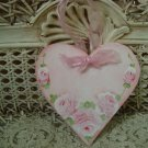 HEART HAND PAINTED SHABBY ROSES WOODEN ORNAMENT WITH 5 ROSES *SO PRETTY*