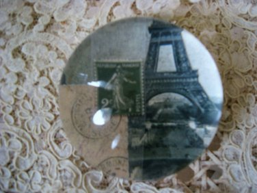 AWESOME VINTAGE FRENCH EIFFEL TOWER PARIS PAPERWEIGHT #2 ****SO CHIC****