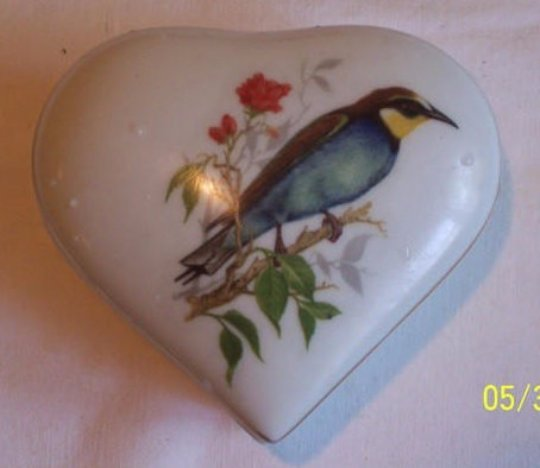Adorable Heart Shaped Trinket Box