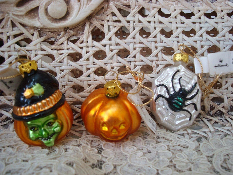 3 HALLMARK RETIRED HALLOWEEN BLOWN GLASS ORNAMENTS PUMPKIN SPIDER WITCH