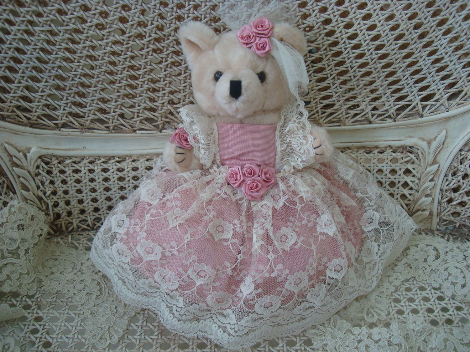 """BEAUTIFUL VINTAGE 12"""" TALL TEDDY BEAR WITH LACE DRESS AND ROSE ACCENTS **SO CUTE* EASTER"""