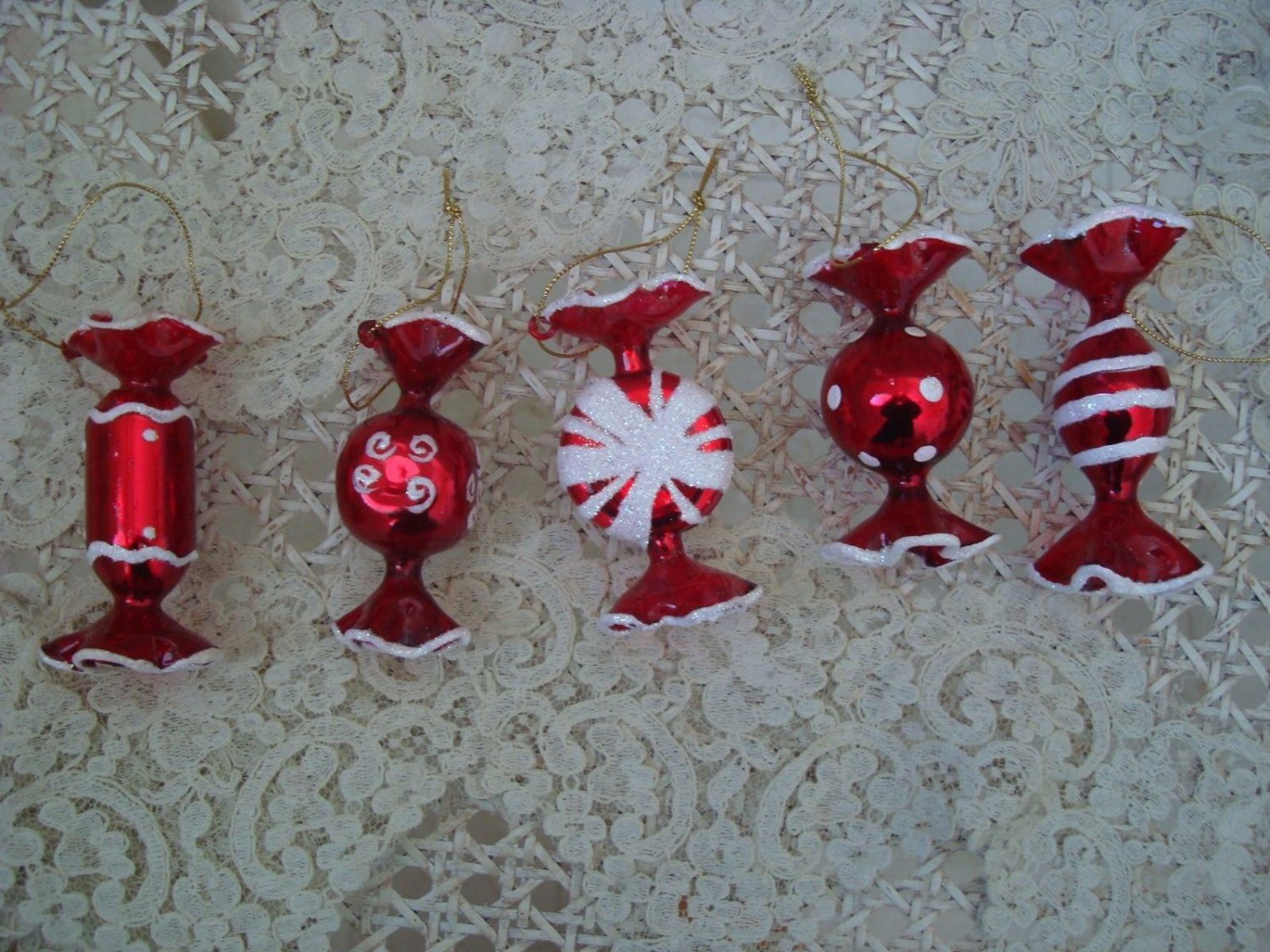 5 BLOWN GLASS PEPPERMINT CANDY CHRISTMAS ORNAMENTS FROM ITALY WITH GLITTER