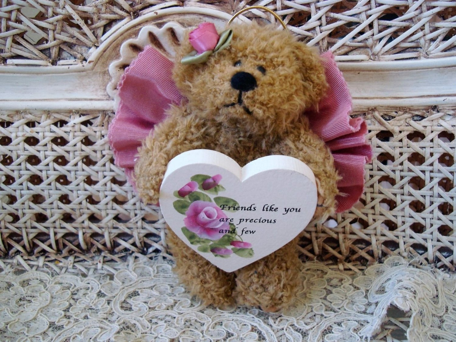 FRIENDS LIKE YOU ARE PRECIOUS AND FEW MAUVE BEAR ORNAMENT WITH WOODEN HEART