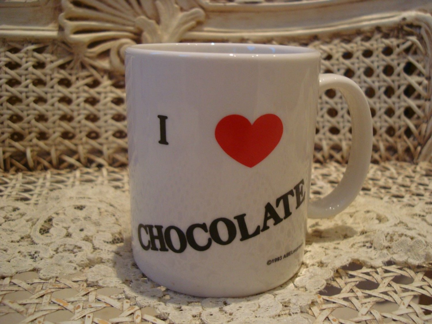 ADORABLE I LOVE CHOCOLATE CERAMIC MUG ***NEW*** SO CUTE