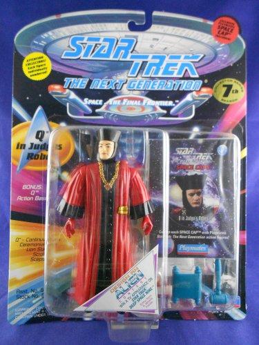Star Trek STNG 7th Season - 1994 � Q �Judges Robes� - Playmates � MIMP � W/Pog