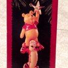 1995 Hallmark Keepsake Ornament 'Winnie the Pooh and Tigger'