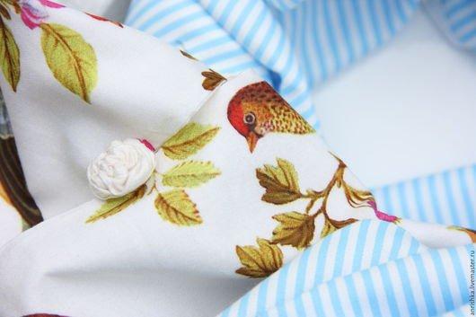 BENANDLU handmade - Tippet or scarf. Blue rim, birds, roses. Silk and cotton