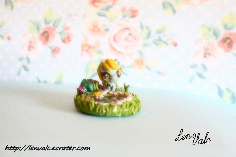 MLP Pony Derpy Hooves miniature garden  ornament pendant strap cake topper