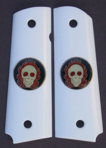 GRIPCRAFTER SIM.IVORY GRITTY GRIP  'FLAMING SKULLS' Colt 1911 grips
