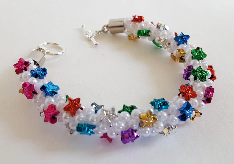 Star Studded White Beaded Bracelet