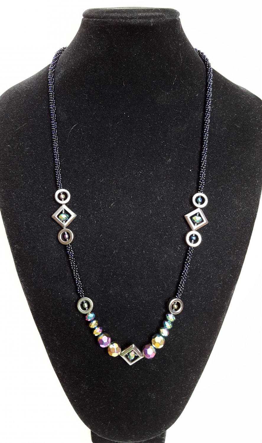 Geometric Beaded Necklace