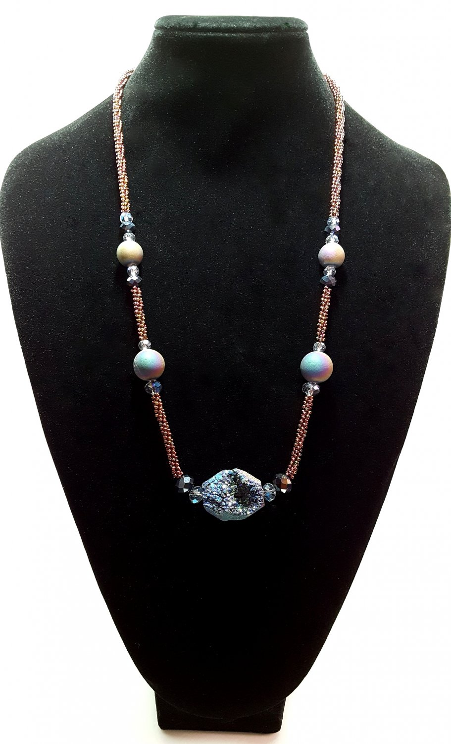 "Awesome ""Geode"" Look Beaded Necklace"