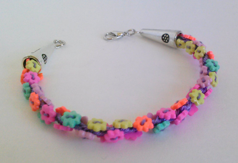 Little Flower Button Bracelet. Kumihimo Beaded Jewelry