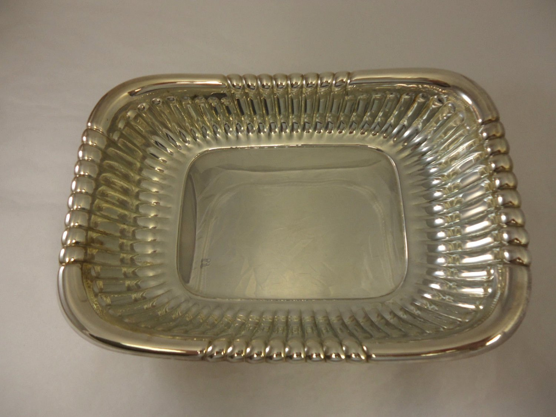 Beautiful Silverplate Rectangular Bowl