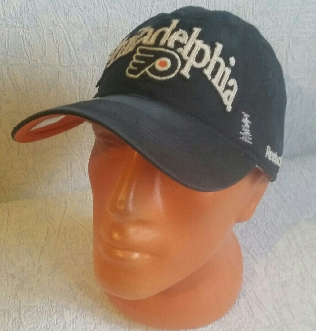 Philadelphia Flyers Reebok NHL Vintage Distressed Slouch Black Hat Cap OSFA