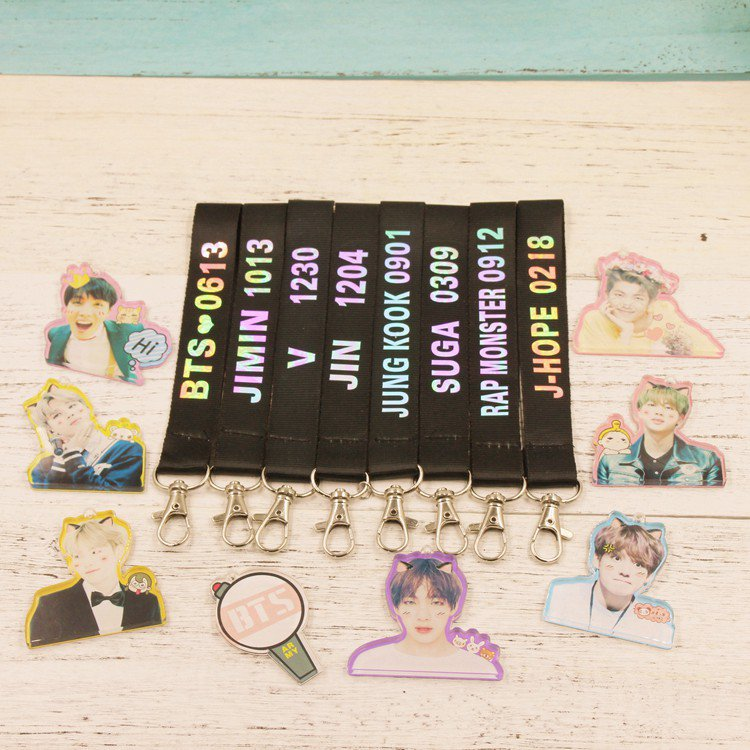 8pcs/lot bts member laser name with pendent free shipping