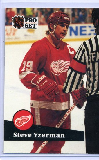 Steve Yzerman 1991/92 Pro Set #62 NHL Hockey Card Near Mint Condition
