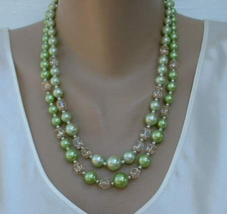 Apple Green 2-Strand Necklace Faceted Beads Vintage Jewelry