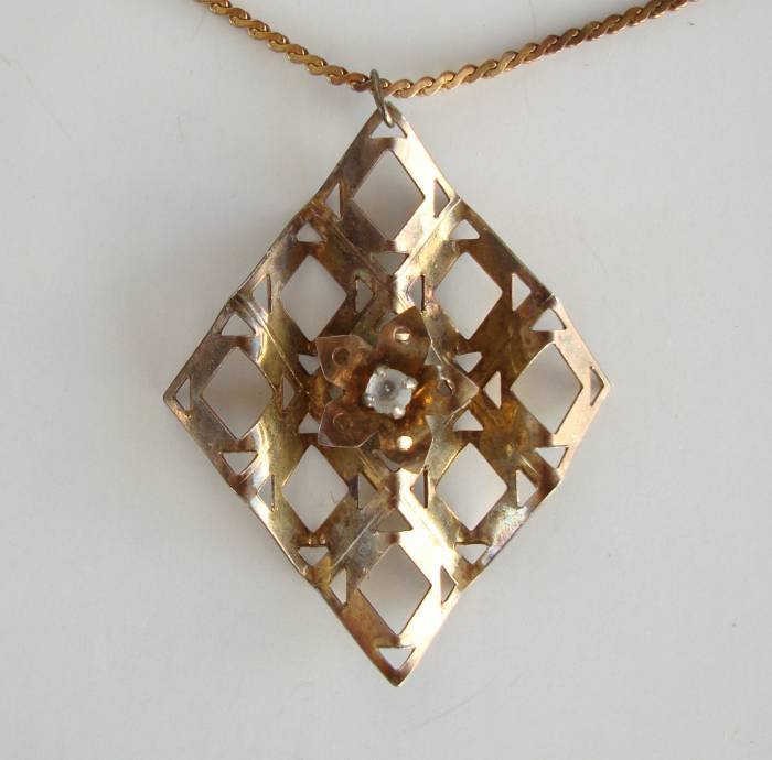 Vintage Art-Deco Modernist Brass Pendant Necklace Rhinestone
