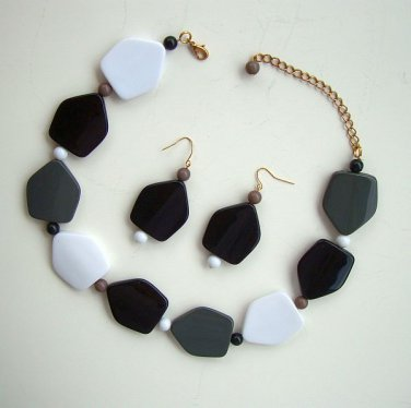 Chunky Black White Geometric Necklace Dangle Earring Set Vintage Jewelry