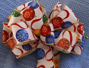 CHRISTMAS ORNAMENTS - CHRISTMAS WREATH, SWAG, GARLAND OR PRESENT BOWS (3 BOWS/PACKAGE)
