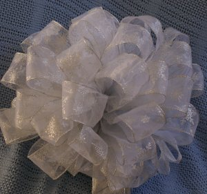 WINTER WONDER LAND � DOUBLE CHRISTMAS TREE TOPPER BOW