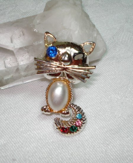 Whimsical cat pin brooch with whiskers and rhinestones pearl jelly belly vintage cm1063