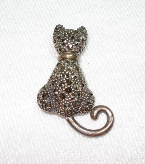 925 Sterling silver and marquisite cat pin brooch moveable tail vintage cm1315