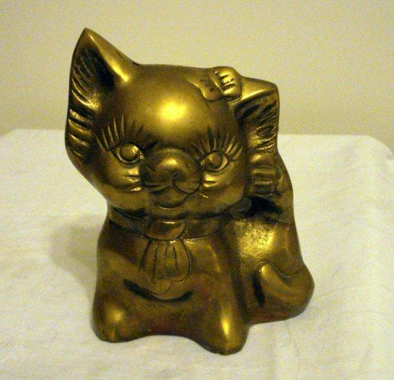 Brass kitten cat coin bank long eyelashes vintage cm1283