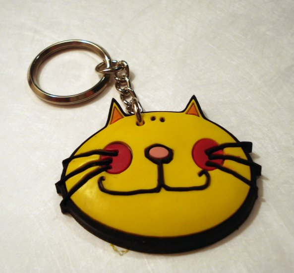 Comic cat face rubber key chain yellow unused cm1294
