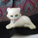 1993 Kenner white reclining cat figurine plastic vintage cm1356