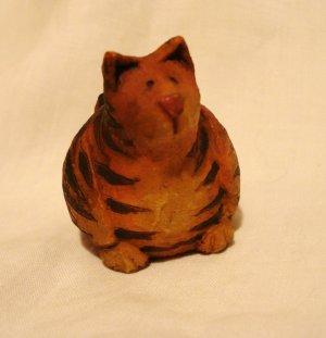 Tiger striped fat cat figurine handmade vintage excellent cm1412