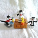 Lot of 3 Sylvester the Cat Tweetie Bird Warner Bros.figures 1989 -1996 cm1421