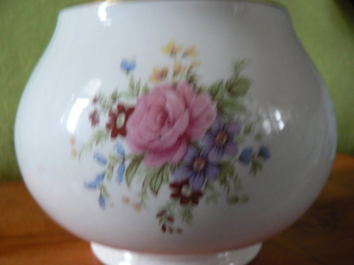 Price Kensington Vase.