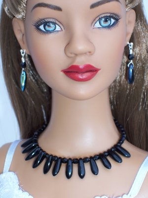 Reversible Black Daggers- Fashion Doll Jewelry