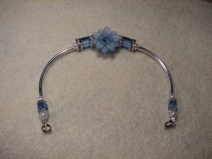 Lt. Sapphire Flower and Cube  Bracelet