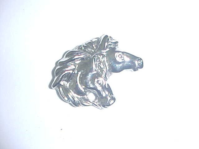 Brooch - 2 Horse heads