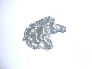 Brooch - 2 Horse heads