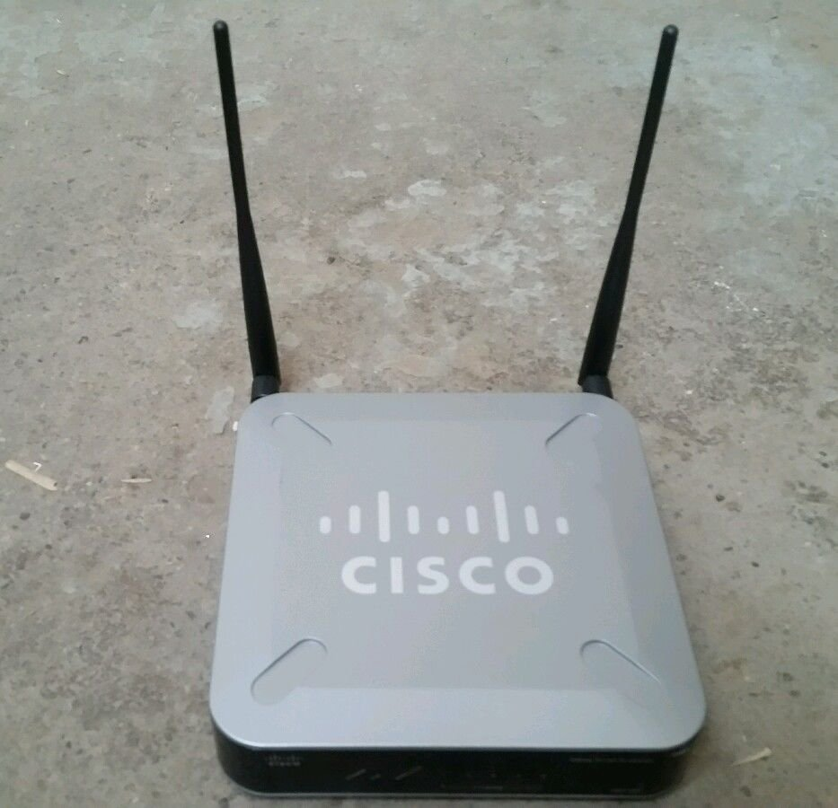 Cisco-Linksys WET200 Wireless-G Business Ethernet Bridge