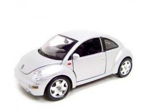 VW VOLKSWAGEN NEW BEETLE SILVER 1:18 DIECAST MODEL