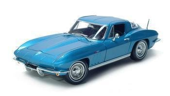 1965 CHEVROLET CORVETTE 1/18 DIECAST MODEL BLUE
