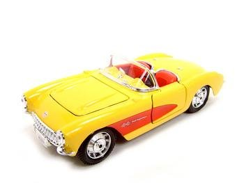 1/24 SCALE 1957 CHEVROLET CORVETTE MODEL YELLOW